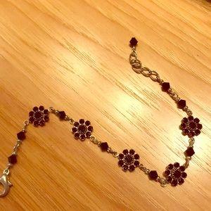 Adjustable flower link bracelet